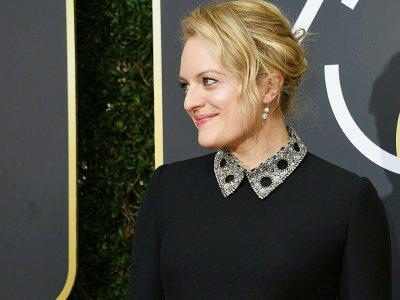 """Elisabeth Moss distinguée aux Golden Globes dimanche 7 janvier pour son rôle dans la série télévisée """"La servante écarlate"""" - VALERIE MACON [AFP]"""