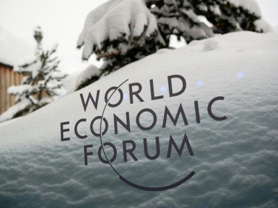 Le logo du World Economic Forum (WEF) à Davos, le 21 janvier 2018