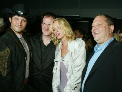 Robert Rodriguez, Quentin Tarantino, Uma Thurman et Harvey Weinstein le 7 avril 2004 à Los Angeles    © Kevin Winter [GETTY IMAGES NORTH AMERICA/AFP/Archives]