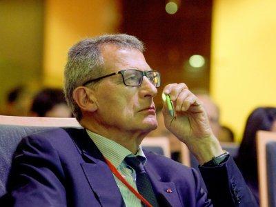 """L'ancien patron d'Air France Jean-Cyril Spinetta assiste à l'ouverture des """"Assises nationales de la Mobilité""""  à Paris, le 19 septembre 2017    ERIC PIERMONT [AFP]"""