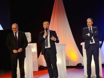 """Pour Jean-Louis Louvel, président de Rouen Normandy invest (au centre), """"il faut prendre des mesures pour progresser"""". - Amaury Tremblay"""