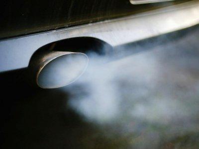 La justice allemande pourrait ouvrir la voie aux interdictions des vieux diesel dans les centres-villes les plus pollués, une mesure politiquement risquée dont Berlin tente de proposer une version édulcorée    Ina Fassbender [dpa/AFP/Archives]