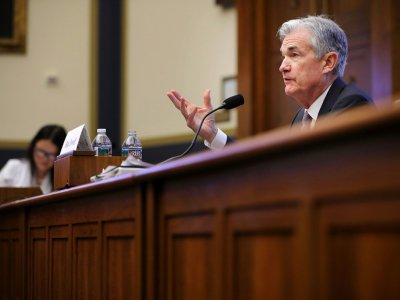 Jerome Powell lors de sa première intervention devant le Congrès, le 27 février 2018   testifies before the House Financial Services Committee in the Rayburn House Office Building on Capitol Hill February 27, 2018 in Washington, DC. Powell testified