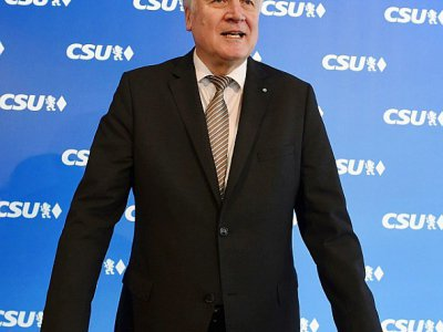 Le chef des conservateurs bavarois, Horst Seehofer, alors d'une réunion de la CSU à Munich le 5 mars 2018. Il est pressenti pour devenir ministre de l'Intérieur.    CHRISTOF STACHE [AFP]