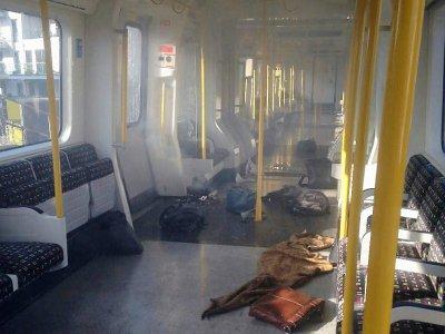 Une rame du métro londonien après l'explosion dans la station de Parsons Green le 15 septembre 2017, sur une photo fournie le 16 mars 2018 par la police londonienne - STR [METROPOLITAN POLICE/AFP/Archives]