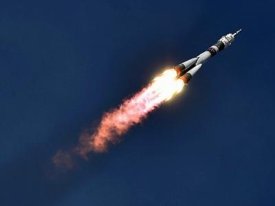 Un vaisseau spatial russe Soyouz avec à son bord un cosmonaute russe et deux astronautes américain et allemand en route vers la Station spatiale internationale, le 6 juin 2018 - Vyacheslav OSELEDKO [AFP]