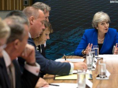 La Première ministre britannique Theresa May parle à des entrepreneurs à Birmingham (centre de l'Angleterre) le 11 septembre 2018.    Aaron Chown [POOL/AFP]