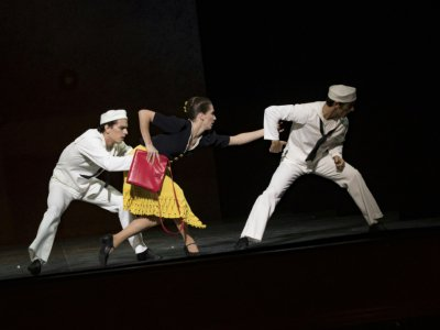 """Des danseurs répètent pour """"Hommage à Jerome Robbins"""" à l'Opéra Garnier, le 26 octobre 2018    Geoffroy Van der Hasselt [AFP]"""