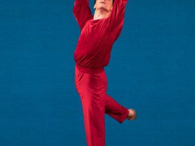 """Le danseur Paul Marque répète pour """"Hommage à Jerome Robbins"""" à l'Opéra Garnier, le 26 octobre 2018    Geoffroy Van der Hasselt [AFP]"""