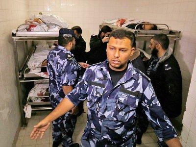 La morgue d'un hôpital où ont été entreposés les corps de cinq des six Palestiniens tués lors d'échanges de tirs à Gaza, qui ont également coûté la vie à un soldat israélien, le 11 novembre 2018 à Khan Younis    Said KHATIB [AFP]