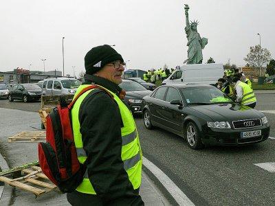 """Action des """"gilets jaunes"""" à Colmar, le 19 novembre 2018    SEBASTIEN BOZON [AFP]"""