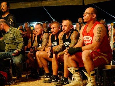 Des participants aux combats de boxe organisés par Fred Brophy à Birdsville le 30 août 2018, en Australie - Saeed KHAN [AFP]
