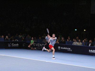 Gilles Simon a remporté son 2e Open de Caen au terme d'une performance aboutie, notamment sur le service adverse.    Anthony Derestiat