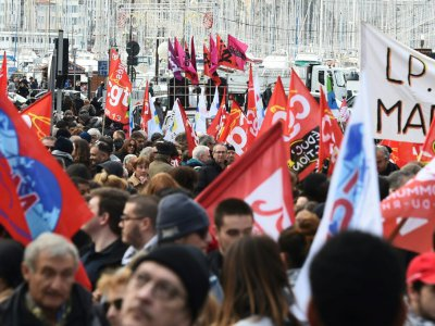 Des militants de la CGT manifestent à Marseille le 14 décembre 2018    BORIS HORVAT [AFP]
