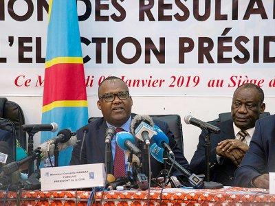 Le président de la commission électorale de RDC Corneille Nangaa, annonce les résultats provisoires de la présidentielle à Kinshasa, le 10 janvier 2019    Junior D. KANNAH [AFP]