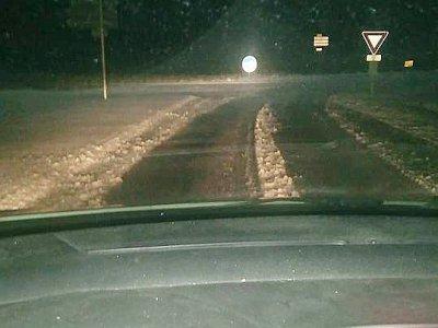 Sur la route en direction d'Arconnay (Sarthe), vers 6 heures du matin    Emy