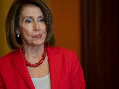 L'opposante démocrate Nancy Pelosi a vivement dénoncé l'initiative de Donald Trump