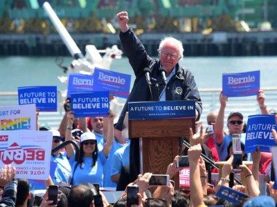 Bernie Sanders, lors de sa campagne à la présidentielle 2016, le 27 mai 2016 à Los Angeles en Californie    FREDERIC J. BROWN [AFP/Archives]