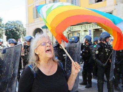 Geneviève Legay lors de la manifestation des gilets jaunes, le 23 mars 2019 à Nice - Valery HACHE [AFP]