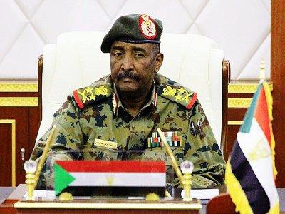 Le général Abdel Fattah al-Burhane, chef du Conseil militaire, à Khartoum, le 16 avril 2019    - [SUDAN NEWS AGENCY/AFP]