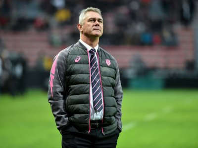 L'entraîneur sud-africain du Stade Français, Heyneke Meyer, lors du match de Top 14 à Toulouse, le 2 décembre 2018 - REMY GABALDA [AFP/Archives]