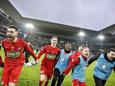La joie des joueurs d'Andrézieux lors du 32e de finale de la Coupe de France à Marseille, à Saint-Etienne, le 6 janvier 2019    JEFF PACHOUD [AFP/Archives]