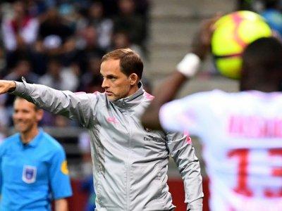 L'entraîneur du PSG, Thomas Tuchel, donne des instructions lors du match contre Reims en L1 au stade Auguste-Delaune, le 24 mai 2019    FRANCK FIFE [AFP]