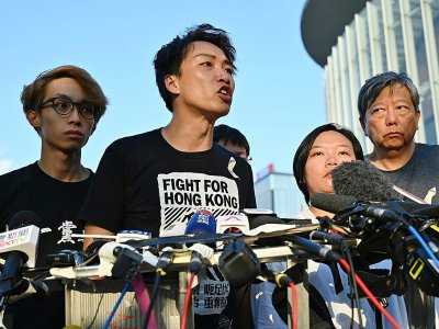 Jimmy Sham, du Civil Human Rights Front, parle aux journalistes à Hong Kong le 15 juin 2019