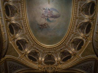 Plafond peint du théâtre impérial de Fontainebleau, le 17 juin 2019    Christophe ARCHAMBAULT [AFP]
