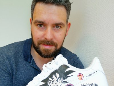 Journou, l'artiste caennais qui customise vos baskets