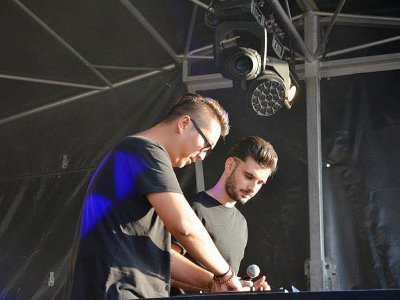 En ouverture et en clôture de cette grande soirée, les DJs de Klymax ont ambiancé Carentan - Tendance Ouest