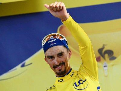 Le maillot jaune du Tour de France Julian Alaphilippe à l'issue de la 11e étape, le 17 juillet 2019 à Toulouse - Anne-Christine POUJOULAT [AFP]