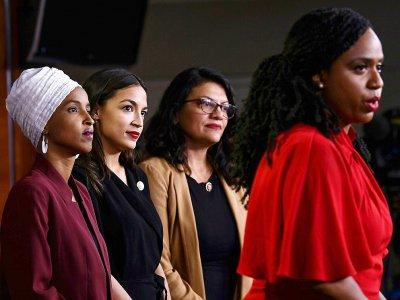 Les quatre élues démocrates visées par Donald Trump (de gauche à droite): Ilhan Omar, Alexandria Ocasio-Cortez, Rashida Tlaib et   Ayanna Pressley, le 15 juillet 2019 à Washington - Brendan Smialowski [AFP]