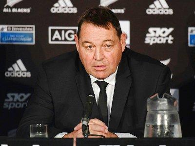 Le sélectionneur des All Blacks Steve Hansen en conférence de presse, le 27 juillet 2019 à Wellington - Marty MELVILLE [AFP/Archives]