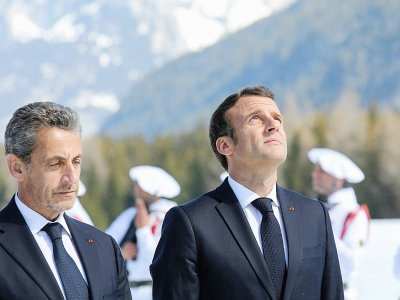 Emmanuel Macron et Nicolas Sarkozy lors d'un hommage aux résistants du plateau des Glières, en Haute-Savoie le 31 mars 2019    LUDOVIC MARIN [POOL/AFP/Archives]