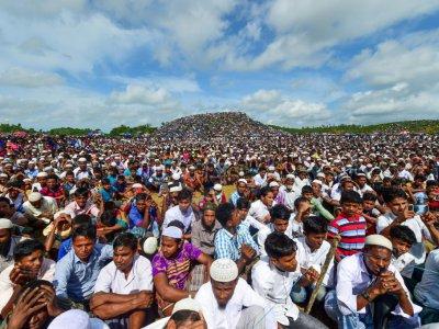 Des réfugiés rohingyas rassemblés dans le camp de Kutupalong pour commémorer le deuxième anniversaire de leur exil, le 25 apût 2019 au Bangladesh    MUNIR UZ ZAMAN [AFP]