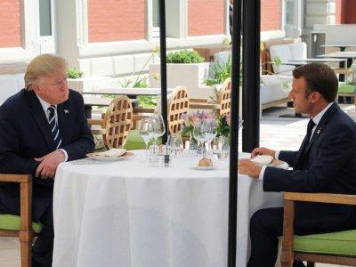 Donald Trump et Emmanuel Macron déjeunent à l'Hôtel du Palais, le 24 août 2019 à Biarritz    ludovic MARIN [POOL/AFP]