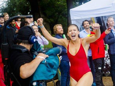 Miriam Hamberg, une Suédoise de 22 ans, célèbre sa victoire au championnat du monde de dods le 17 août 2019 à Oslo    FREDRIK VARFJELL [AFP]