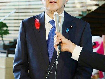 Le Premier ministre japonais Shinzo Abe s'adresse à la presse, à Tokyo, après des tirs de projectiles par la Corée du Nord, le 2 octobre 2019 - Jiji Press [JIJI PRESS/AFP]