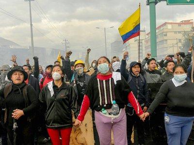 Manifestation devant la Maison de la Culture à Quito, le 13 octobre 2019 - RODRIGO BUENDIA [AFP]