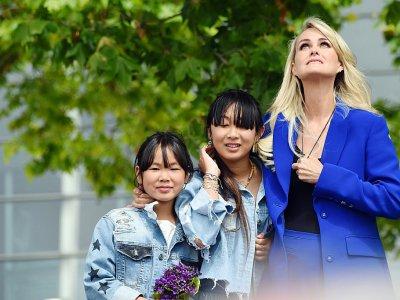 Laeticia Hallyday avec ses filles Jade et Joy, le 15 juin 2019 à Toulouse    Eric CABANIS [AFP/Archives]
