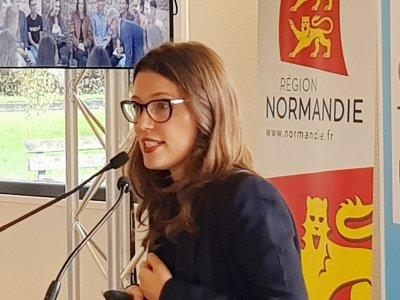 Salomé Berlioux présente le dispositif Chemins d'avenirs. - Eric Mas
