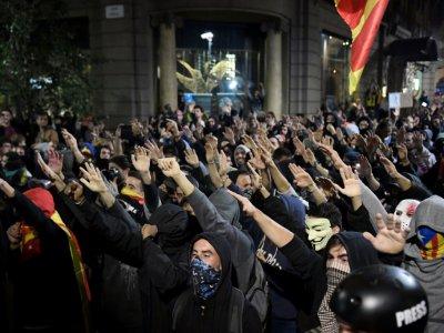 Des militants pro-indépendantistes à Barcelone le 26 octobre 2019    Josep LAGO [AFP]