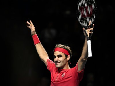 Le Suisse Roger Federer vainqueur de son 10e tournoi de Bâle, le 27 octobre 2019    FABRICE COFFRINI [AFP]