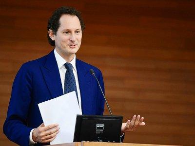 John Elkann, le patron du groupe Fiat Chrysler Automobiles (FCA), lors d'une conférence à l'Université Bocconi à Milan, le 27 mai 2019    Miguel MEDINA [AFP/Archives]