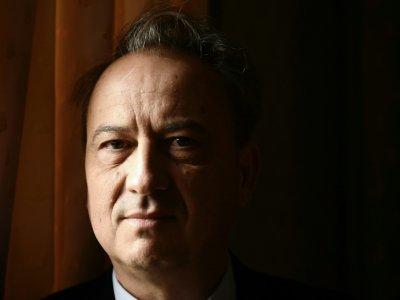 L'écrivain Jean-Luc Coatalem, le 8 novembre 2017 à Paris    Philippe LOPEZ [AFP/Archives]