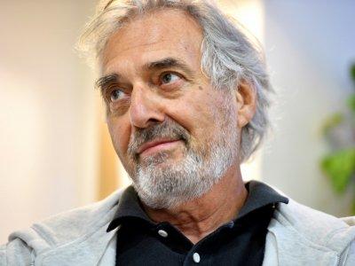 L'écrivain Jean-Paul Dubois, le 16 septembre 2016 à Toulouse    Rémy GABALDA [AFP/Archives]