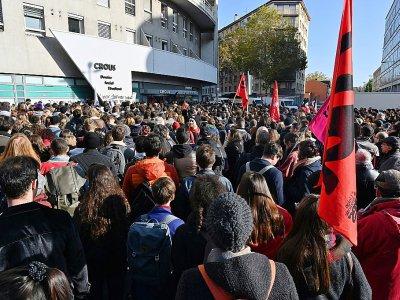 Manifestation d'étudiants devant le Crous de Lyon, le 12 novembre 2019    PHILIPPE DESMAZES [AFP]