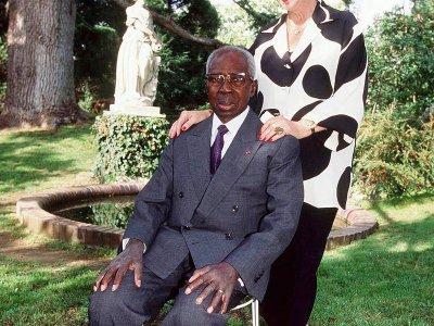 Le couple dans sa propriété de Verson.    Jean-Yves Desfoux