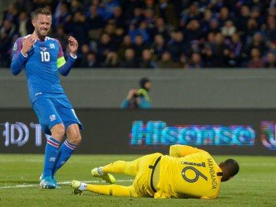 L'islande du capitaine Gylfi Sigurdsson, ici contre la France à Reykjavik le 11 octobre 2019, disputera les barrages de l'Euro    Haraldur Gudjonsson [AFP/Archives]